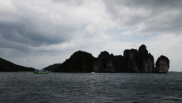 Koh Phi Phi dark cloud