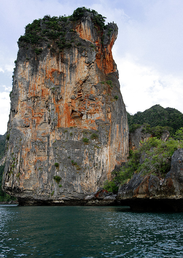 Railay Krabi rock sea