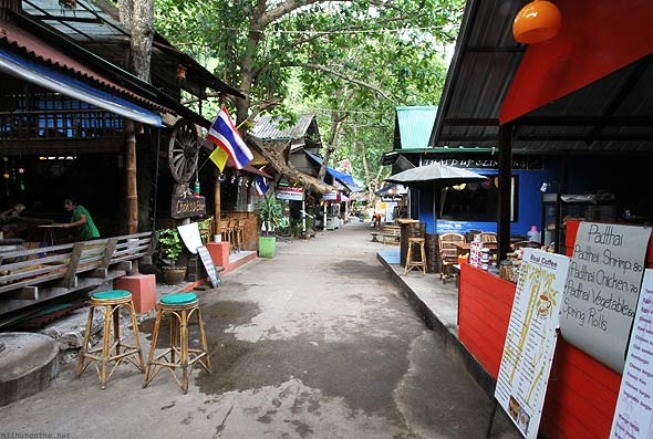 Railay East restaurants bars