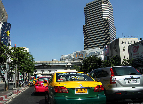 Bangkok morning traffic