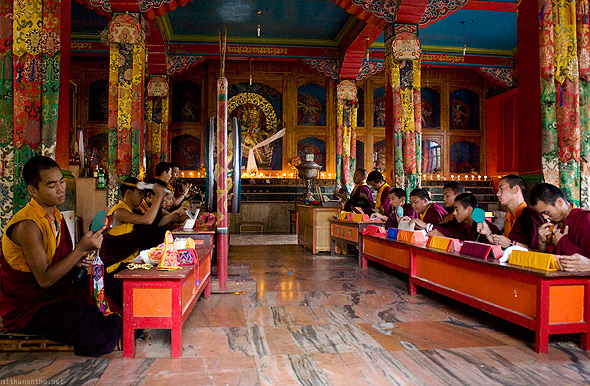 Bylakuppe temple Buddhist studying