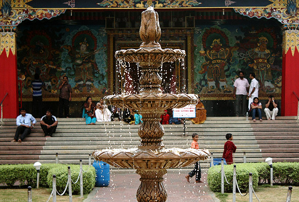 Bylakuppe temple fountain