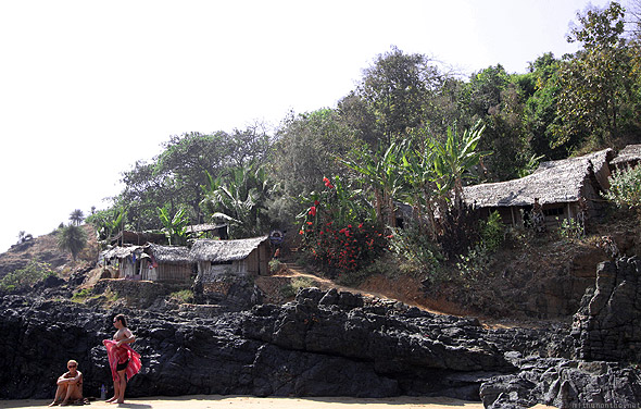 Paradise beach Gokarna tourists