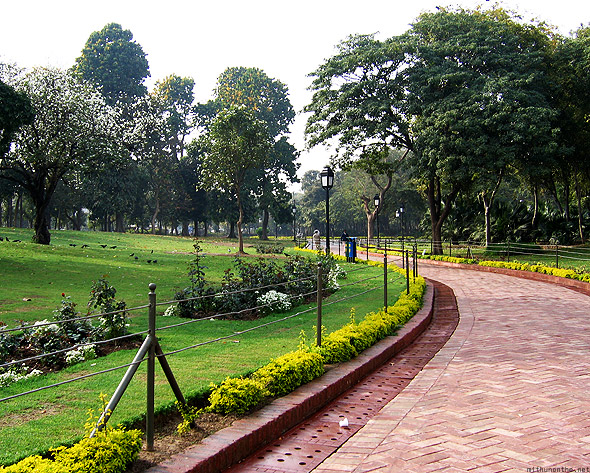 Raj Ghat bricked path