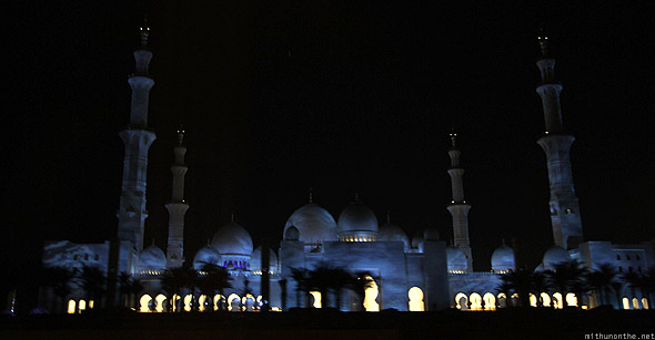 Abu Dhabi Shaikh Zayed mosque night