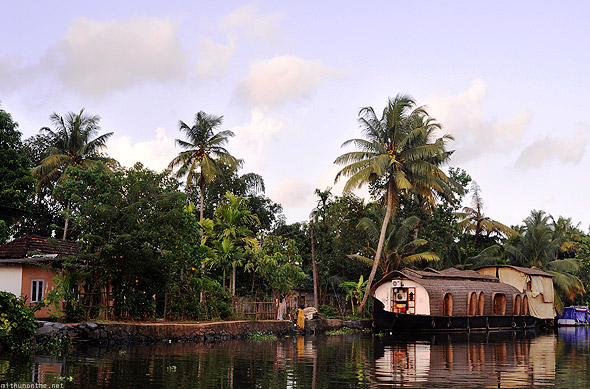 Kumarakom houseboat village house