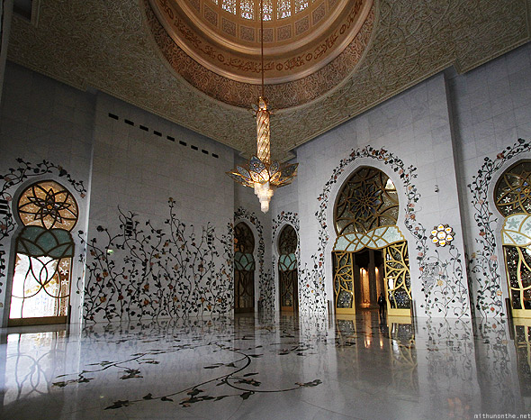 Sheikh Zayed mosque prayer hall entrance