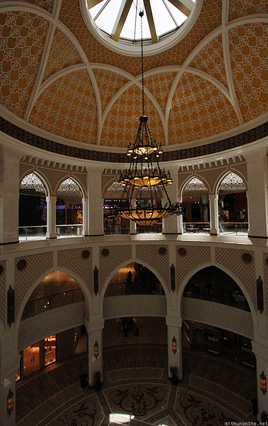 Dubai Mall chandelier dome