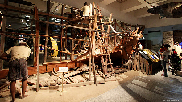 Dubai museum dhow construction