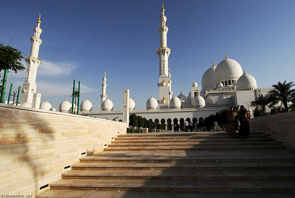 Sheikh Zayed mosque steps mom