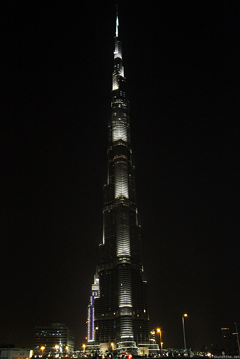 Burj Khalifa glowing at night dubai