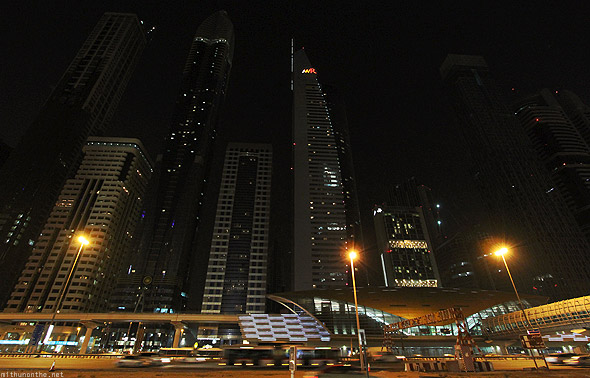 Dubai Sheikh Zayed road metro Financial Center station