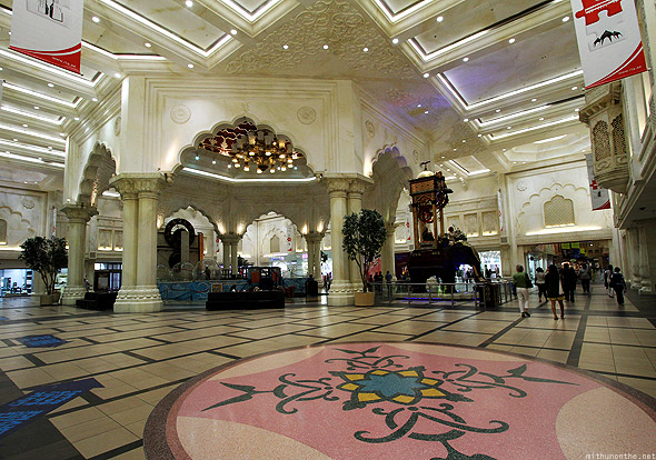 Ibn Battuta India court lobby