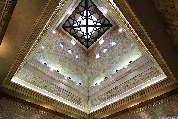 Ibn Battuta mall Egypt court pyramid