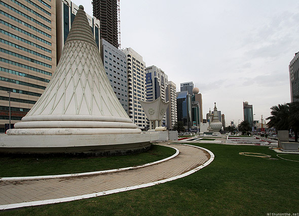 Abu Dhabi landmark sculptures near corniche