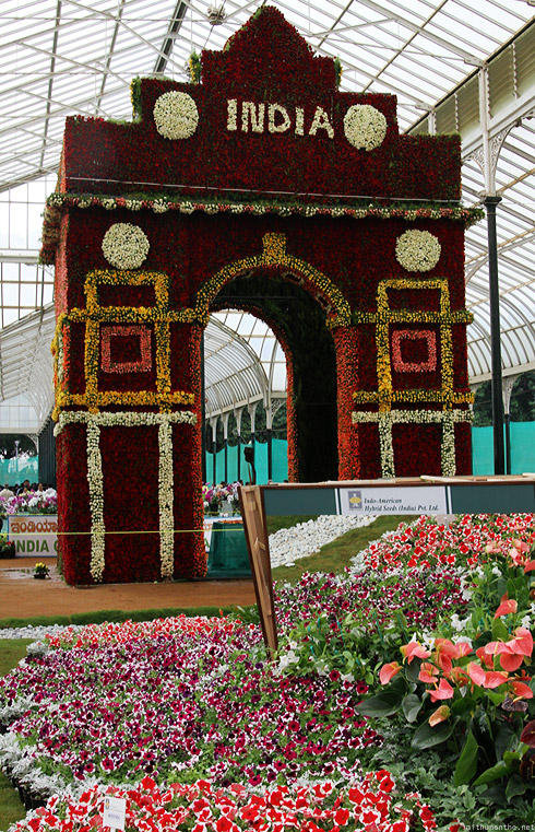 Lal Bagh flower show India Gate vertical