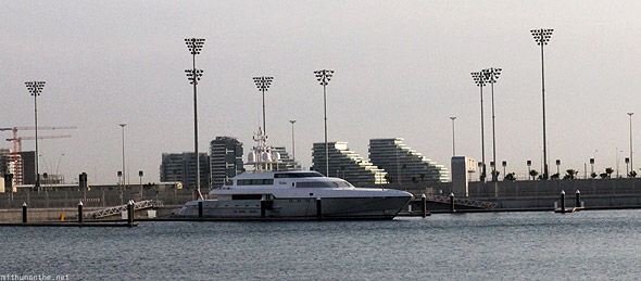 Yas Island yacht Al Bandar residences background