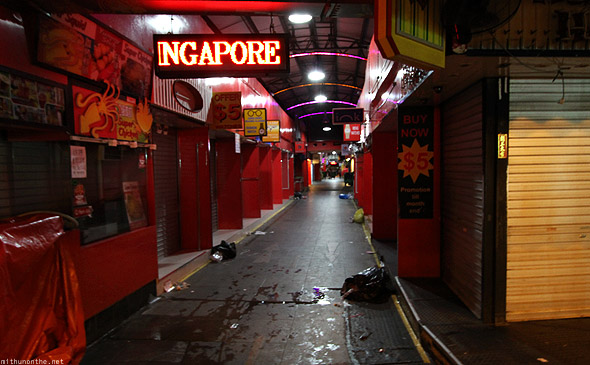 Singapore Bugis street shopping closed night