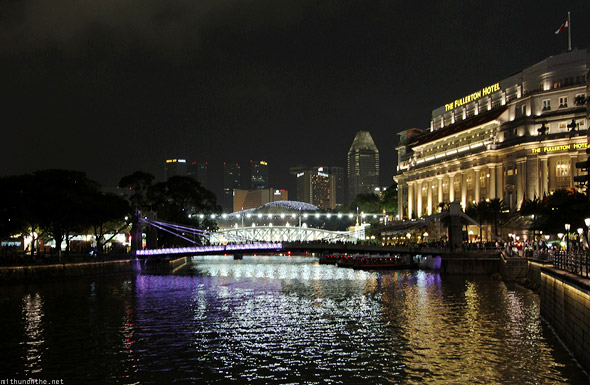 Singapore river The Fullerton Hotel F1 night