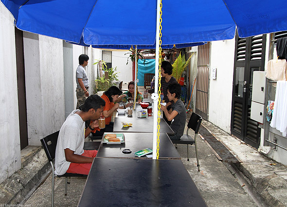 ABC Backpacker hostel breakfast table Singapore
