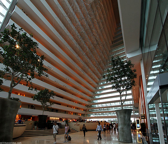 Singapore Marina Bay Sands hotel tower 3 lobby Rue