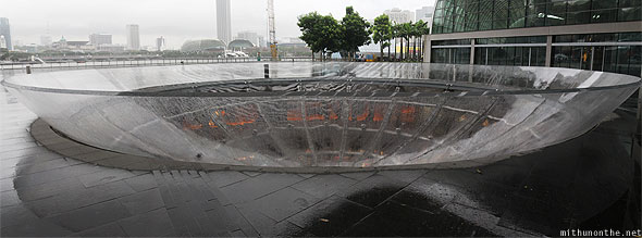 Singapore Marina Bay Sands wishing well rain oculus panorama