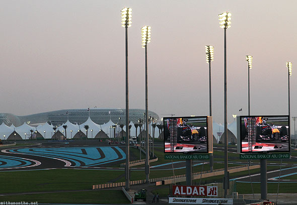 Abu Dhabi F1 Yas Marina circuit big screens