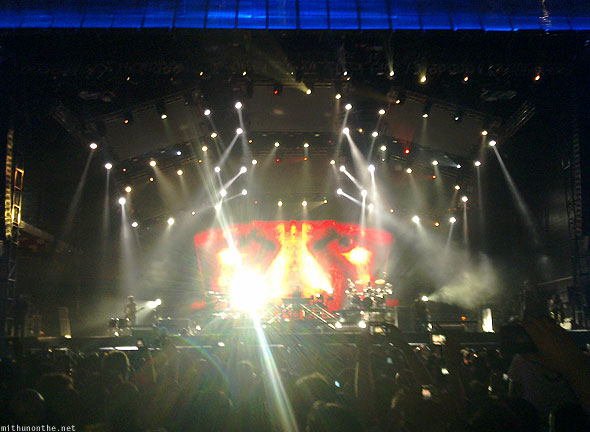 Abu Dhabi Formula 1 Linkin Park concert stage lights