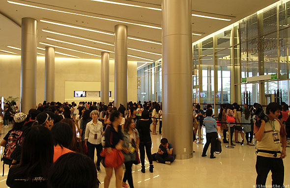 Jay Park Thailand fan meet ticket line