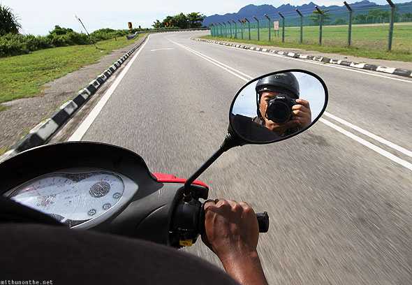 Bike road trip Langkawi Loiyumba clicking
