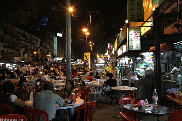 Jalan Alor food street KL crowds at night