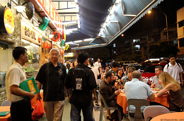 Jalan Alor food street Chinese restaurant tourists