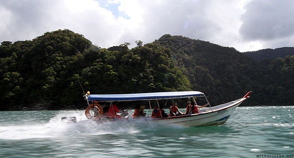 Langkawi island hopping tour tourists speedboat