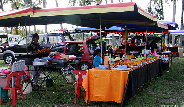 Langkawi weekend market hawker tents