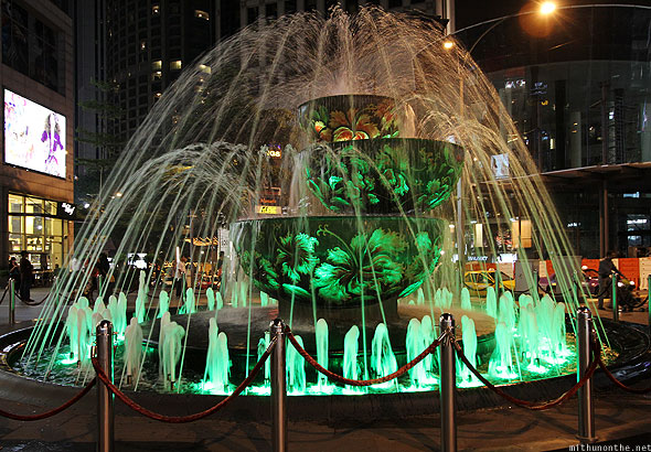 Pavilion Crystal Fountain, the Tallest Liuli Crystal Fountain in Malaysia