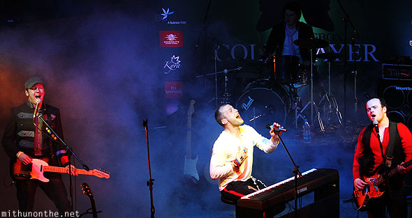 Coldplayer band singing Bangalore concert India