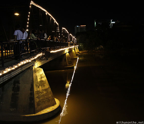 Chiang Mai Loy Krathong Ping river bridge lights