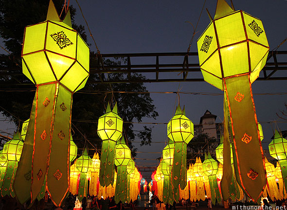 Chiang Mai Thapae green lanterns Yi Peng celebrations