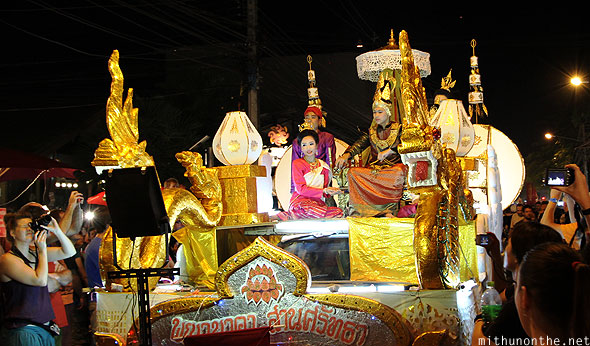 Chiangmai Yi Peng parade float Ratchadamnoen road