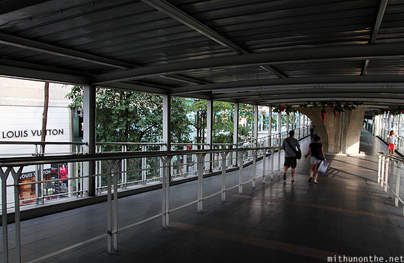Ratchaprasong BTS skywalk Sukhumvit pedestrian bridge