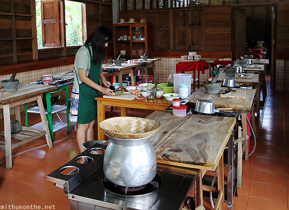 Thai farm cooking class Chiang Mai setup