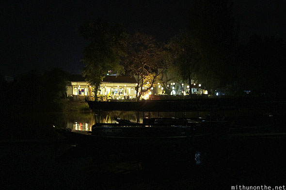 Wat Chaimongkol boat Ping river Chiang Mai night