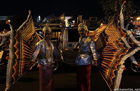 Chiang Mai Loy Krathong performers