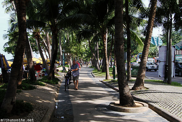 Central Pattaya beach road morning walk