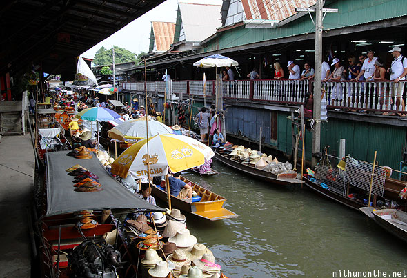 Damnoensaduak floating market tourists Ratchaburi Thailand