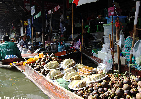 Damnoensanduak floating market Durian Thailand