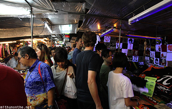 Patpong night market tourists