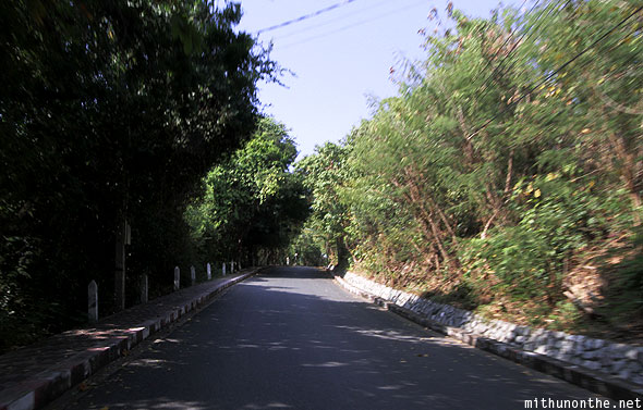 Road leading to viewpoint Pattaya bay