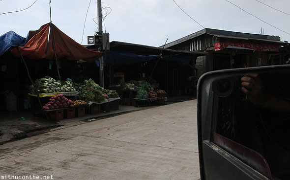 Hill market on the way to Bontoc