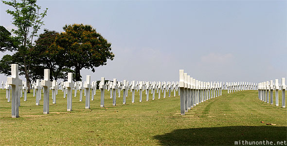 Manila American War Cemetery Memorial graves panorama